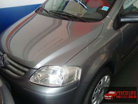 Volkswagen Fox Usado Plus 1.6 8V (flex) Cinza Patos de Minas-MG